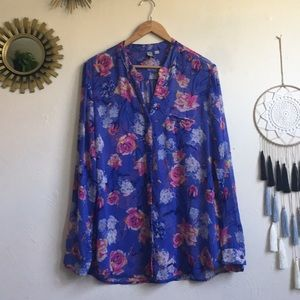 KUT FROM THE KLOTH NWOT printed LS blouse